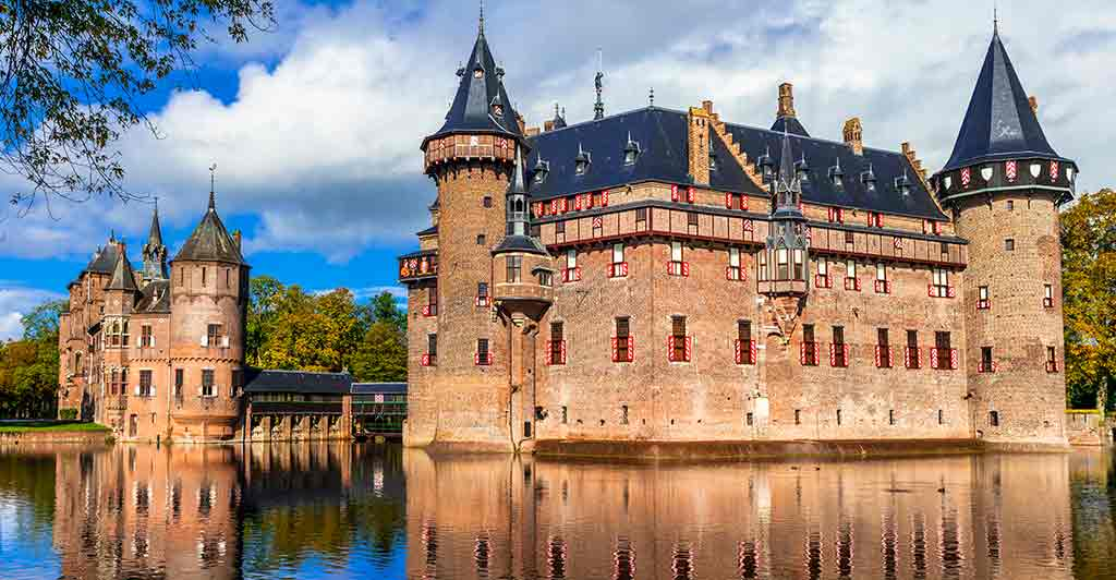 Castles in Netherlands De-Haar-Castle