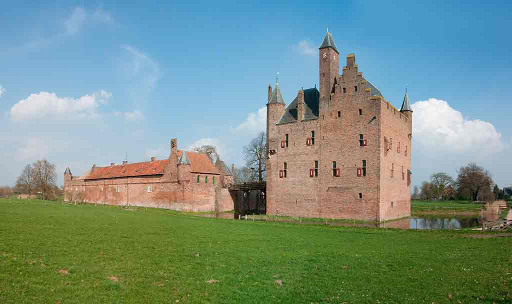 Best castles in NetherlandsDoornenburg-Castle