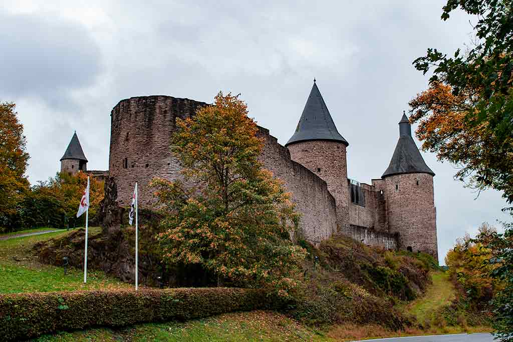 Best castles in Luxembour Bourscheid-Castle