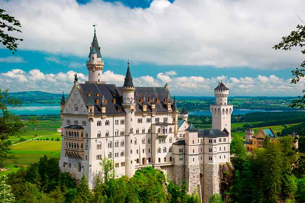 German Castles Neuschwanstein-Castle