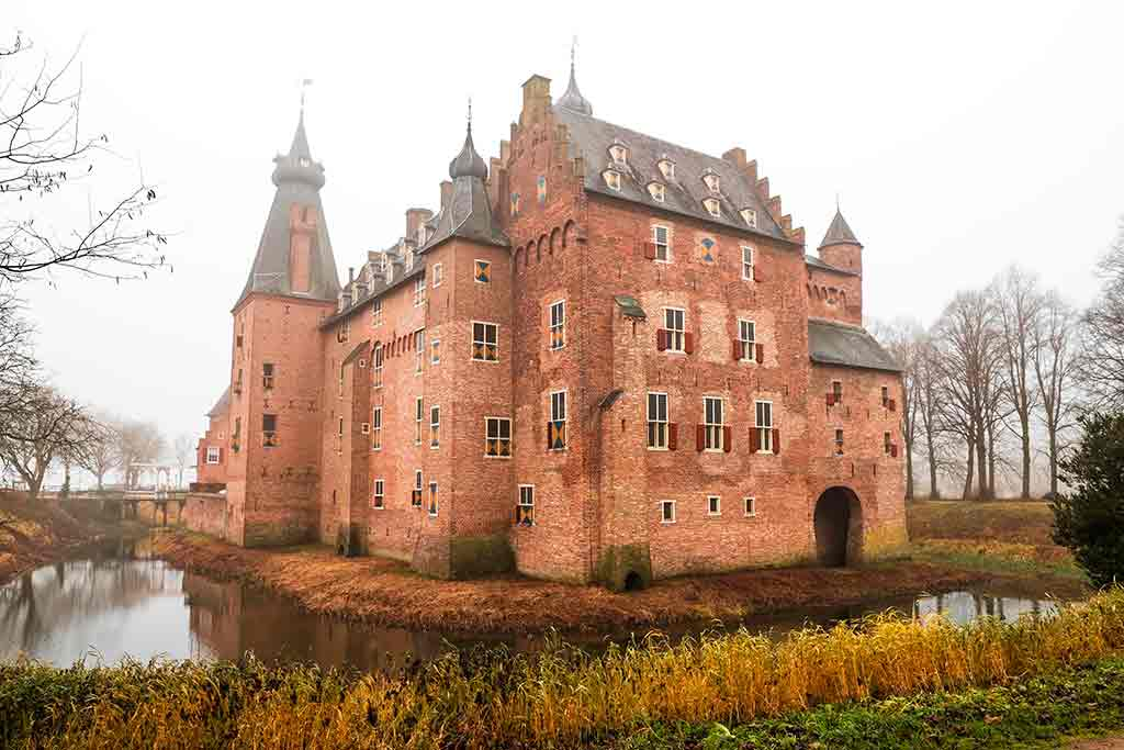 Famous Castles in Netherlands Doorwerth-Castle