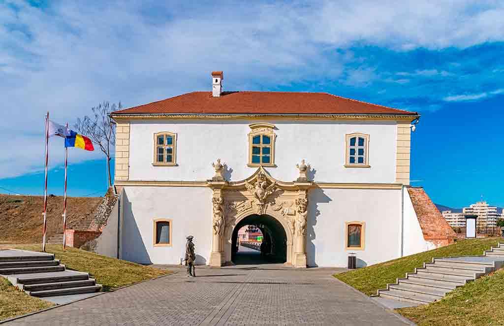 Best castles in Romania Alba-Carolina-Fortress