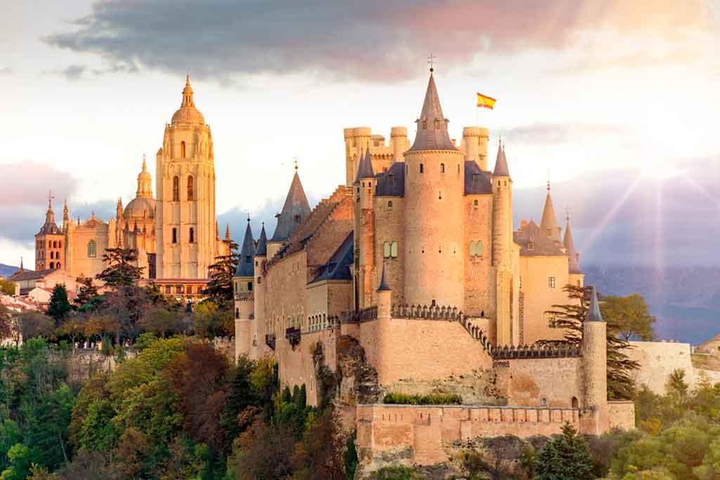 Spanish Castles Alcazar-de-los-Reyes-Cristianos