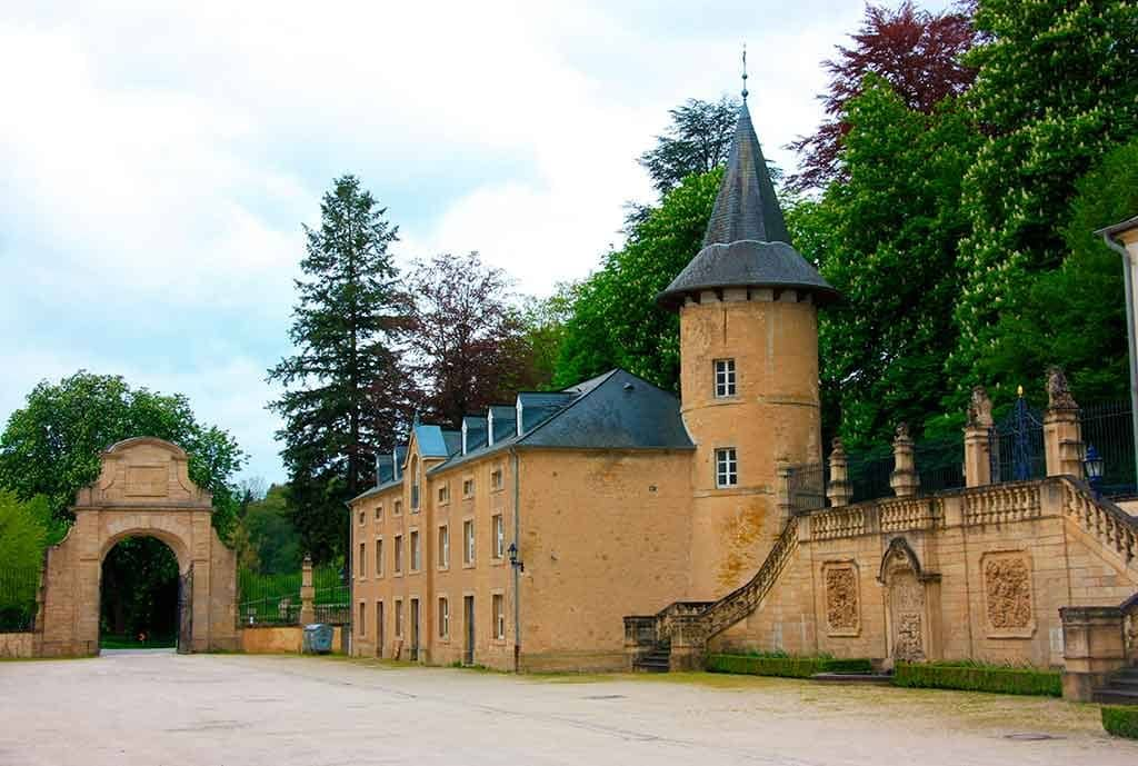 Luxembourger Castles Ansembourg-Castle