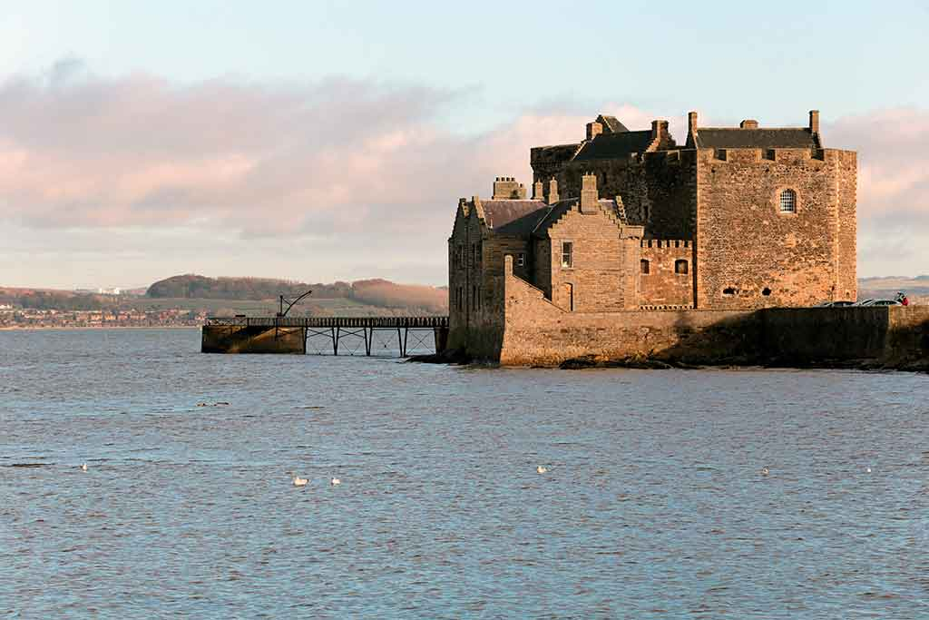 Scottish Castles BLACKNESS-CASTLE