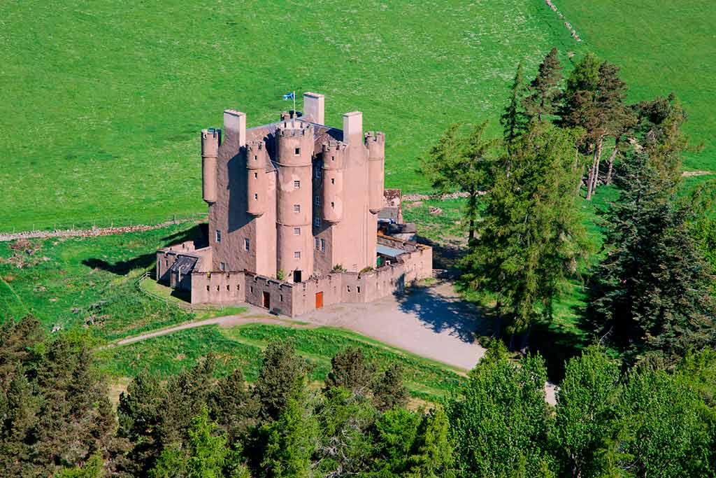Best castles in Scotland BRAEMAR-CASTLE