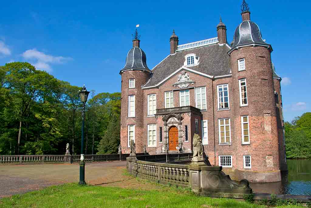 Castles in Netherlands Biljoen-Castle