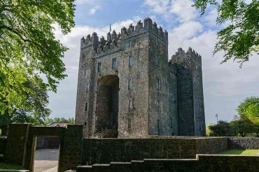 Best Castles in Ireland Bunratty-Castle