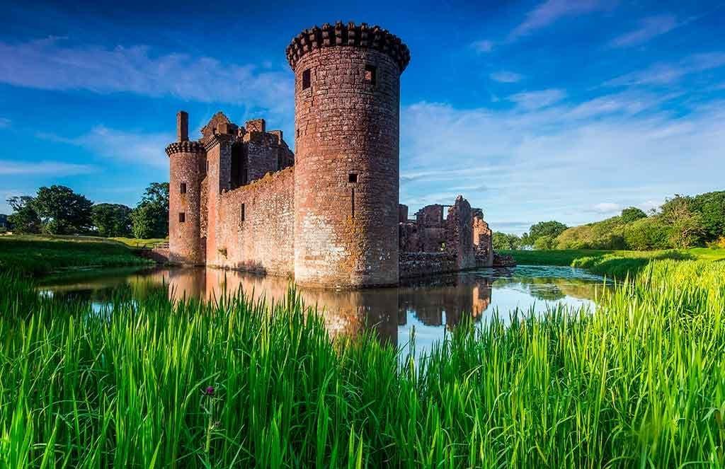 Best castles in Scotland CAERLAVEROCK-CASTLE
