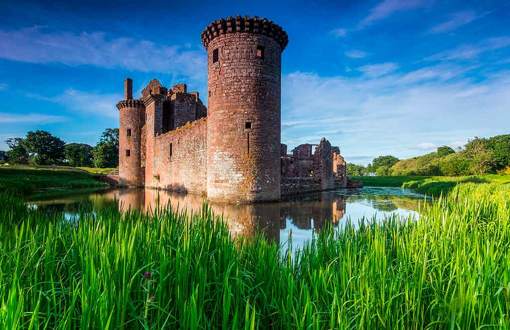 Best castles in Scotland CAERLAVEROCK-CASTLE