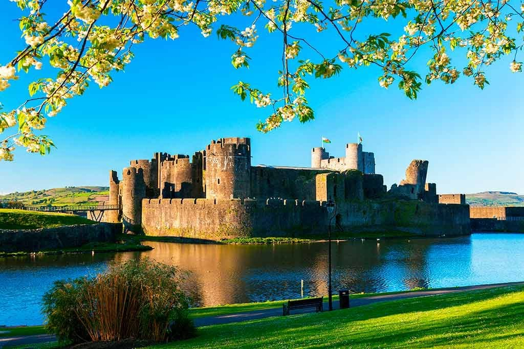 Famous Castles in Wales Caerphilly-Castle