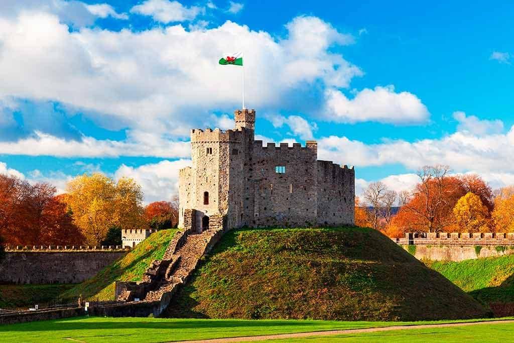 Best Welsh Castles Cardiff-Castle