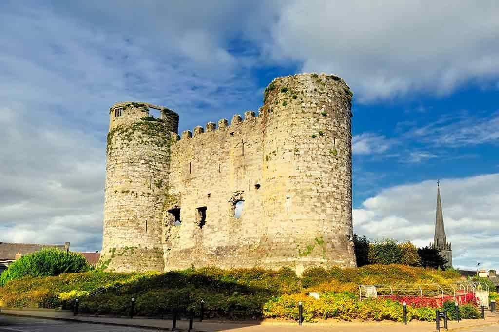 Famous Castles in Ireland Carlow-Castle