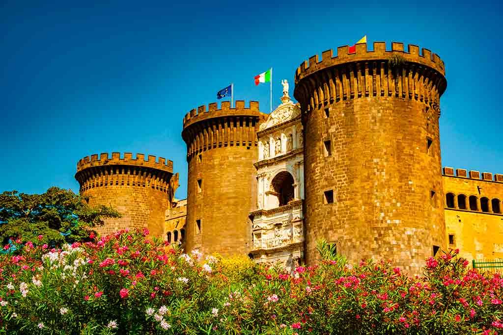 Best Italian Castles Castel-Nuovo
