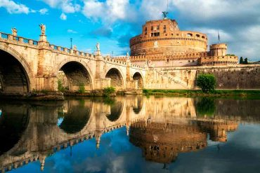Castles in Italy Castel-Sant'Angelo