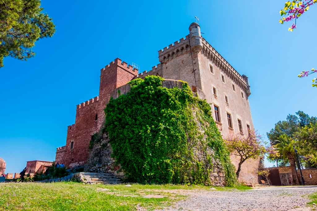 Best Castles in Spain Castelldefels-Castle