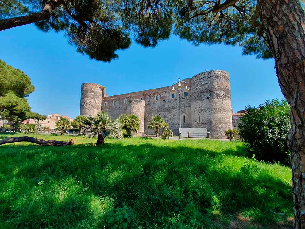 Italian Castles Castello-Ursino