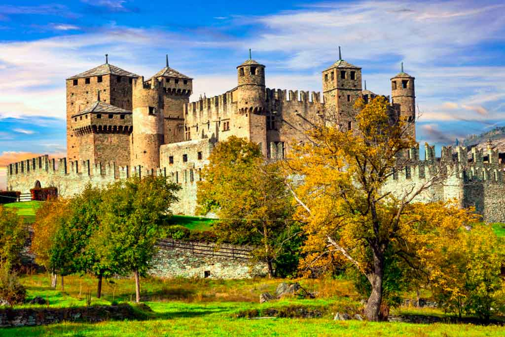Castles in Italy Castello-di-Fenis