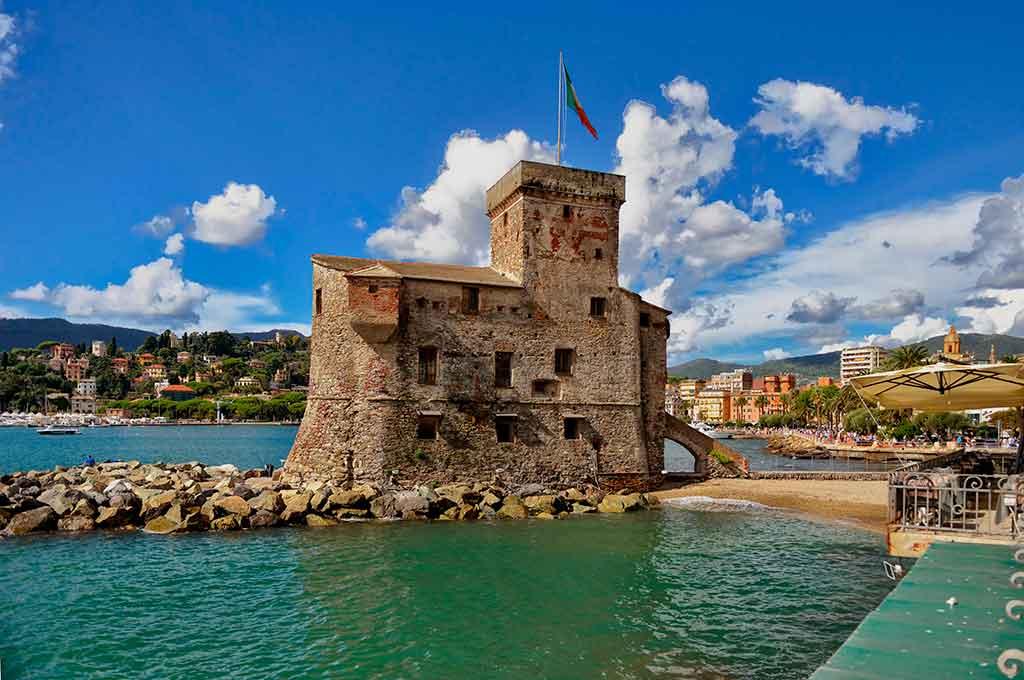 Famous Castles in Italy Castello-di-Rapallo