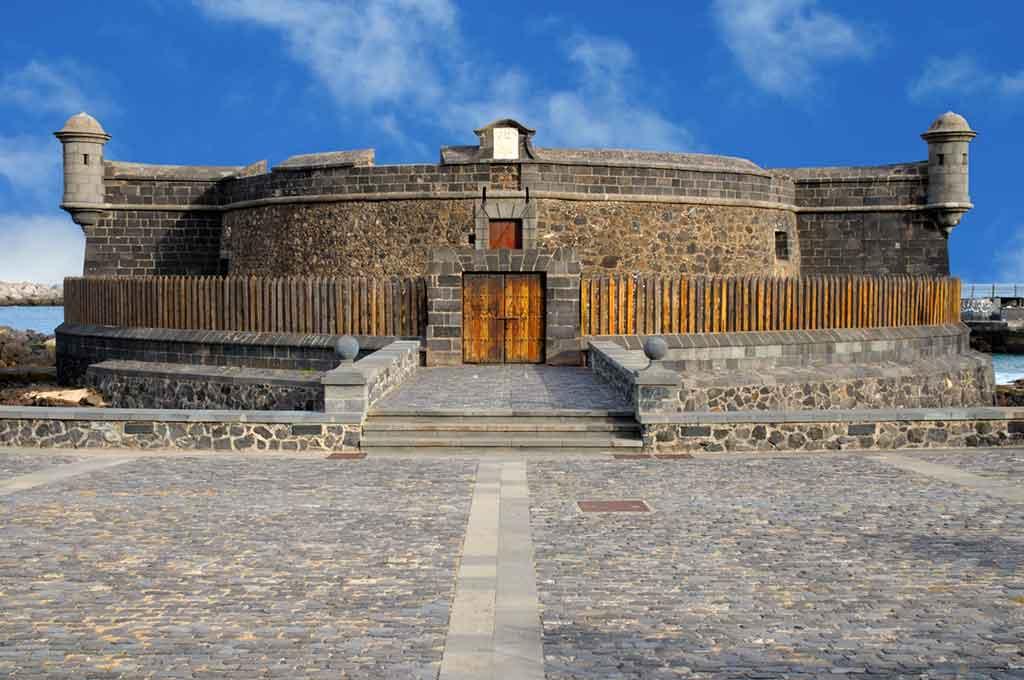 Famous Castles in Spain Castillo-de-San-Juan-Bautista
