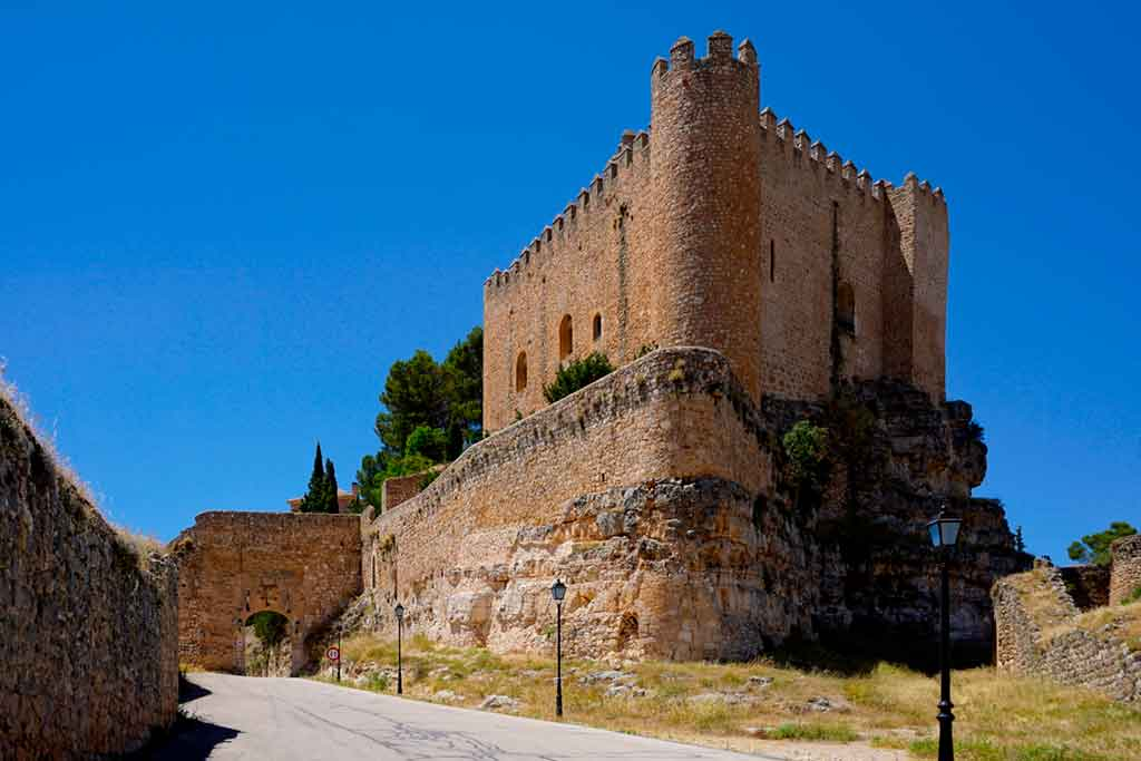 Best Spanish Castles Castle-of-Alarcon