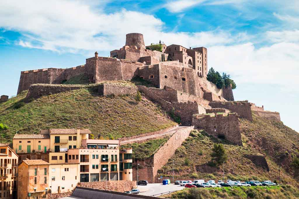 Best Castles in Spain Castle-of-Cardona
