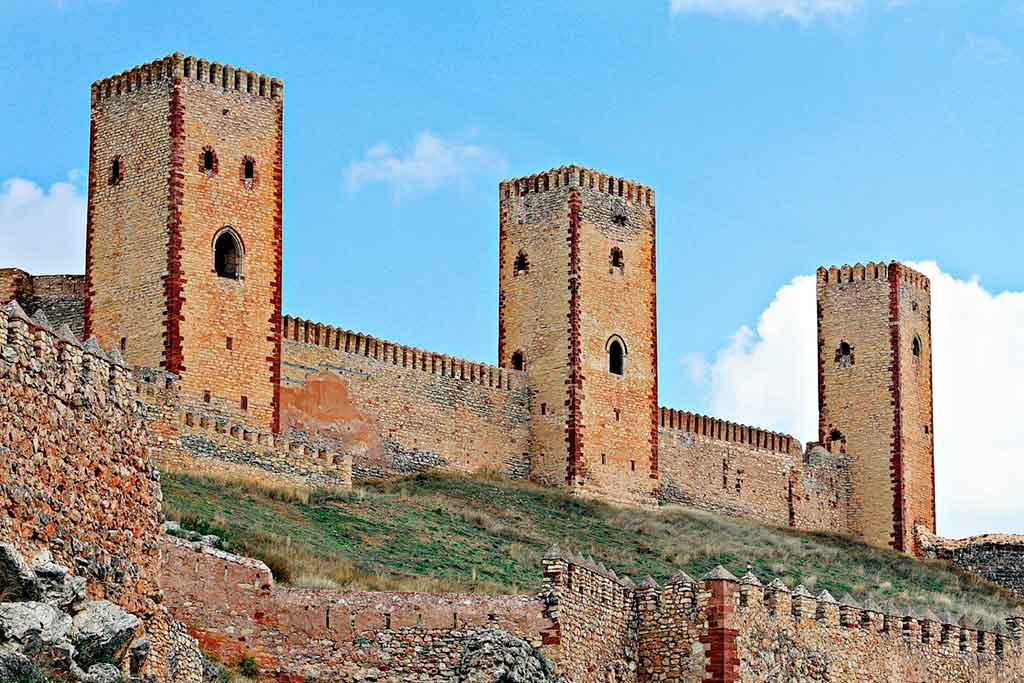 Best Castles in Spain Castle-of-Molina-de-Aragon