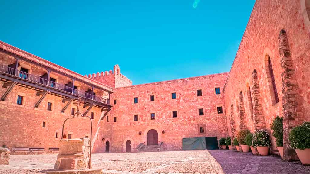 Famous Castles in Spain Castle-of-Siguenza