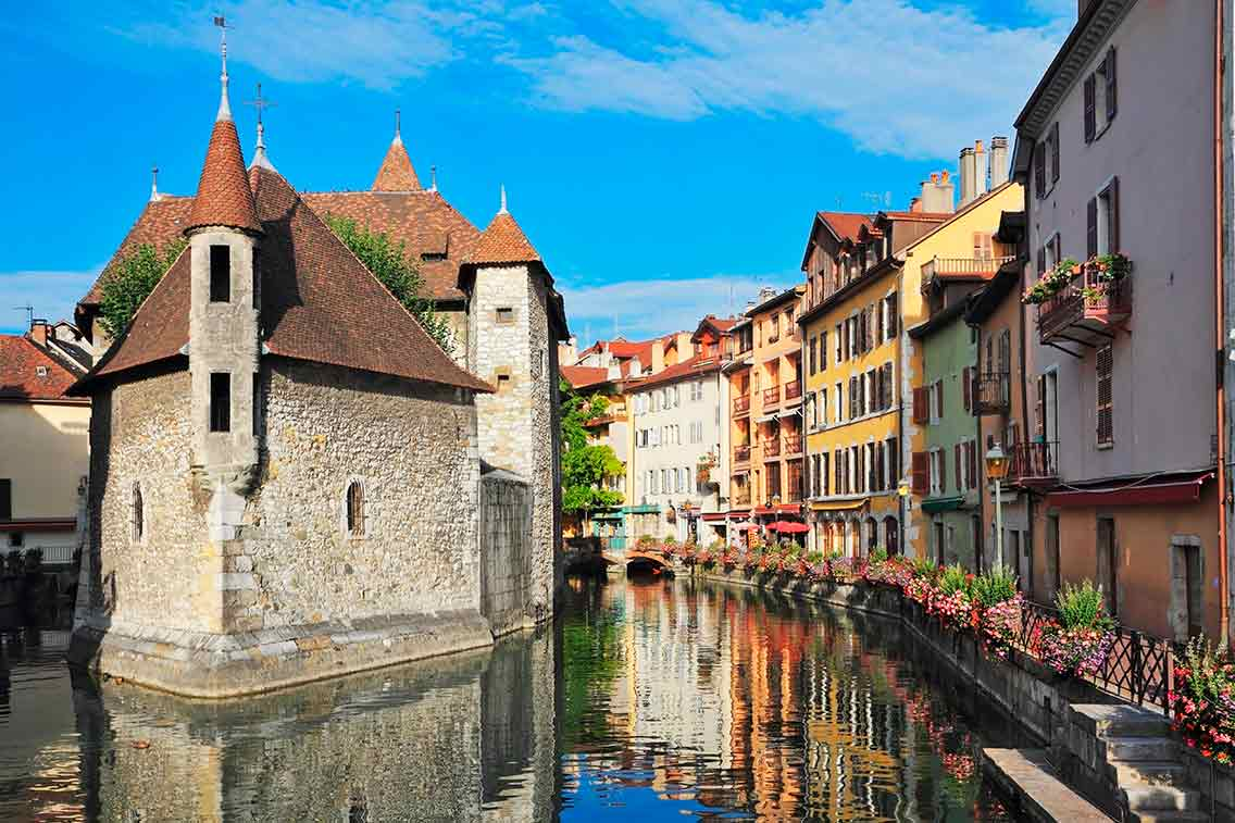 Best Castles in France Chateau d' Annecy