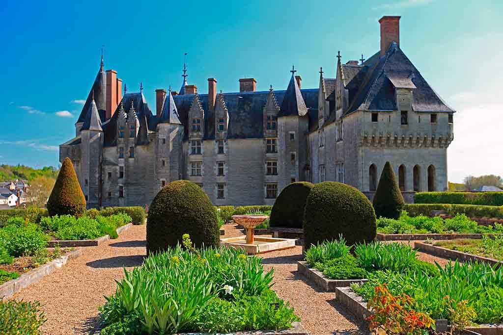 Castles in Loire Valley Château-de-Langeais