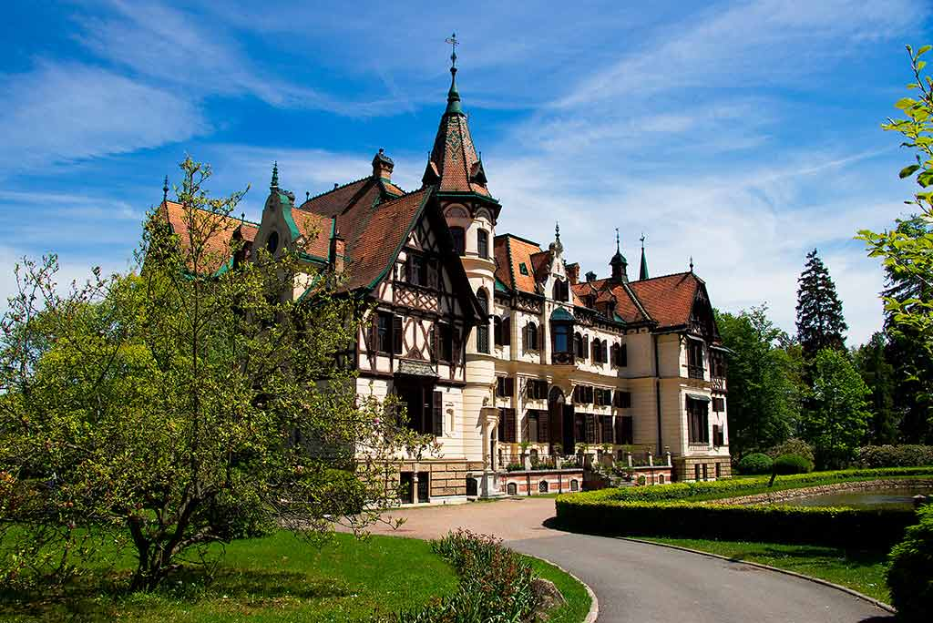 Best Czech Castles Chateau Lesna