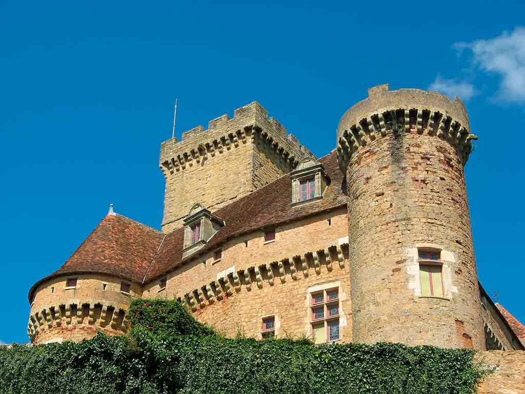 Famous Castles in France Chateau de' Castelnaud