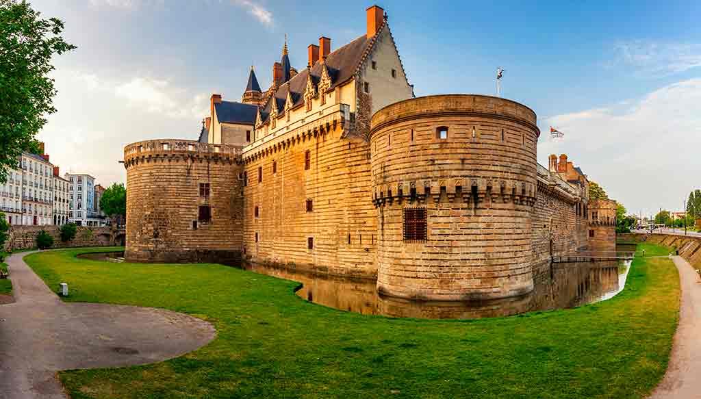 Castles in France Chateau des Ducs de Bretagne