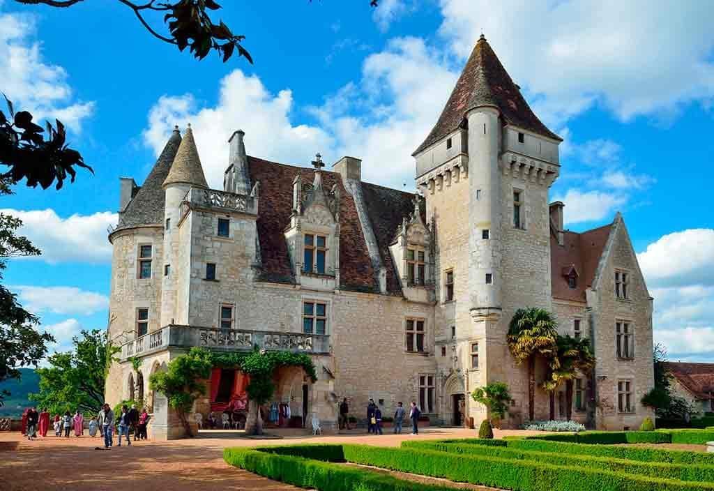 Famous Castles in France Chateau des Milandes