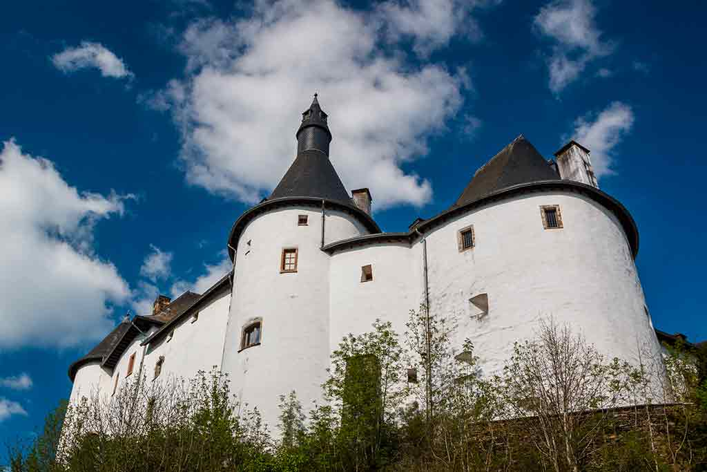 Best castles in Luxembourg Clervaux-Castle