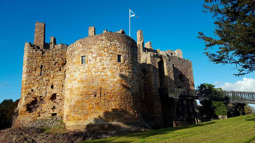 Best Scottish Castles DIRLETON-CASTLE