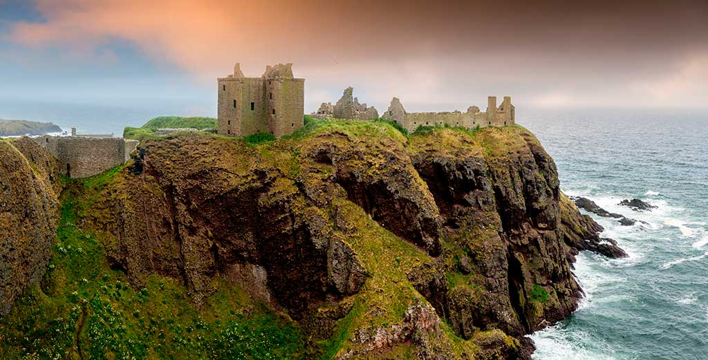 Best castles in Scotland DUNNOTTAR-CASTLE