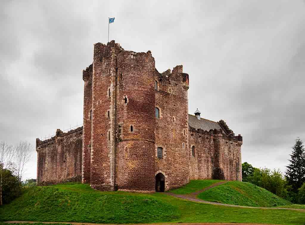 Castles in Scotland Doune-Castle