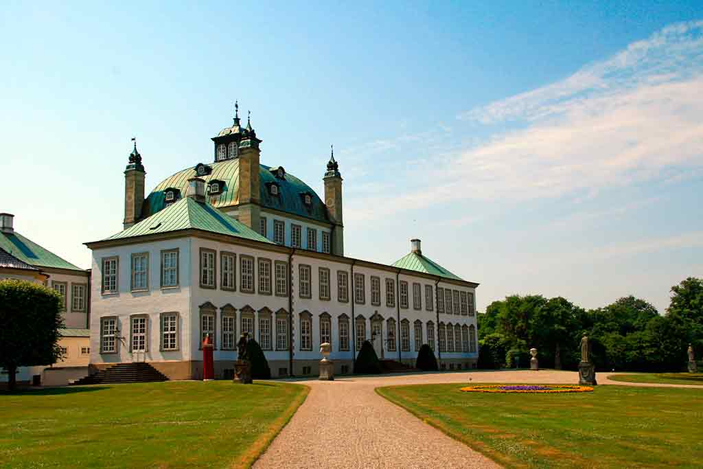 Castles in Denmark Fredensborg Palace