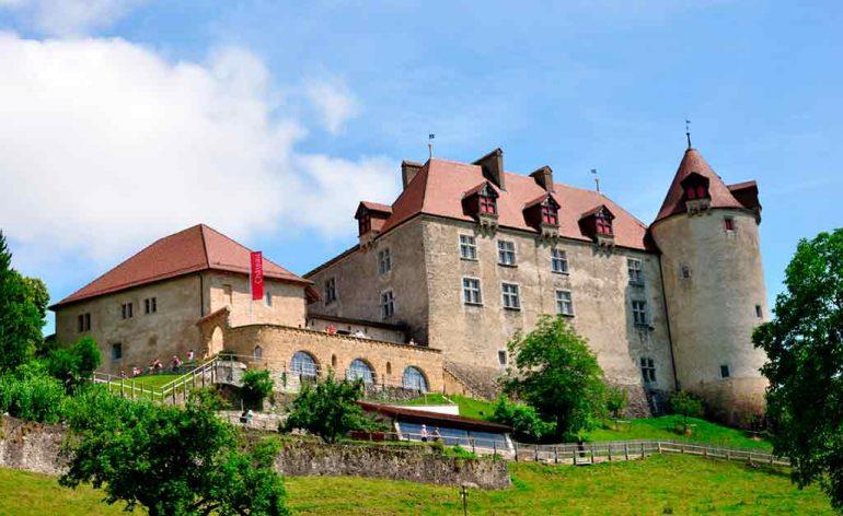 Best Swiss Castles Gruyeres-Castle