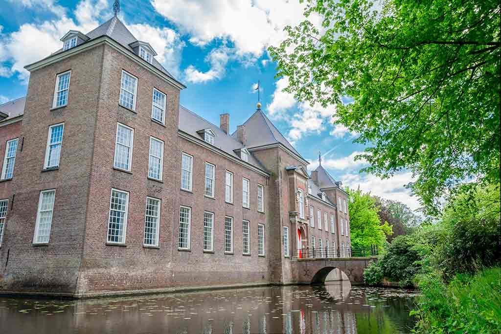 Best castles in Netherland Heeze-Castles