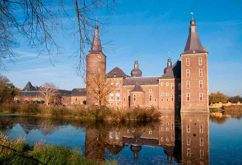 Famous Castles in Netherlands Hoensbroek-Castle