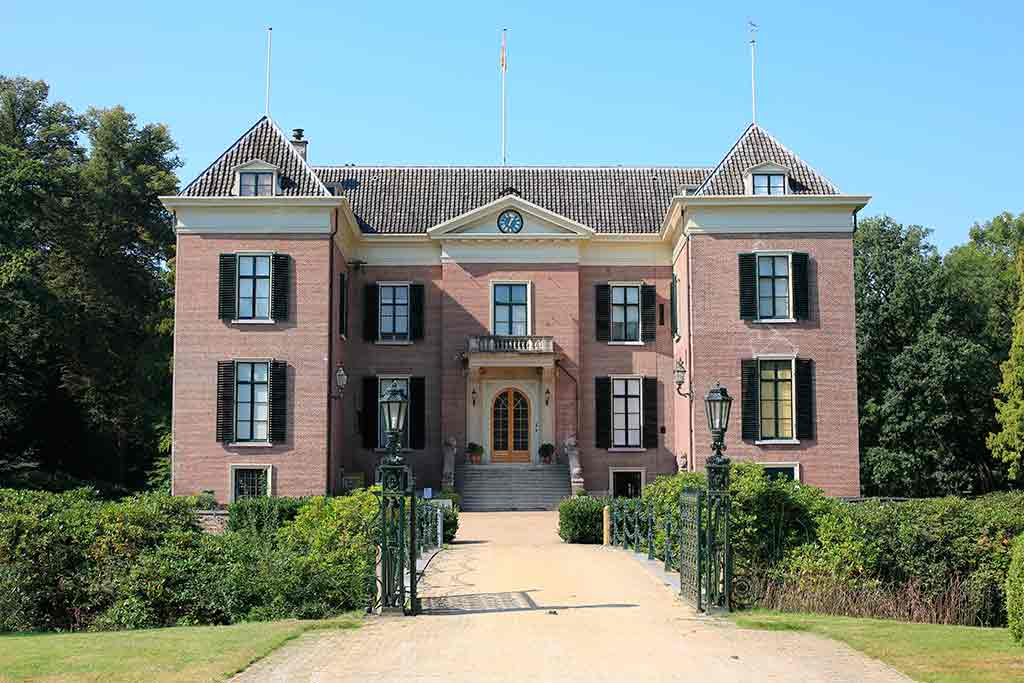 Best castles in Netherland Huis-Doorns