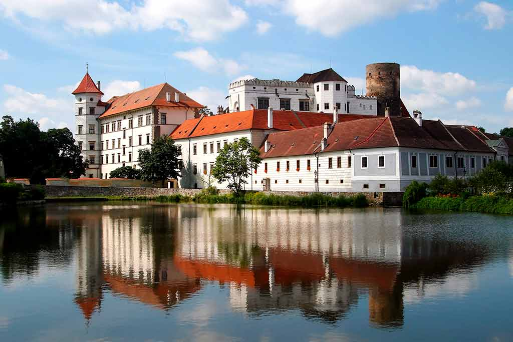 Castles in Czech Jindrichuv Hradec Castle