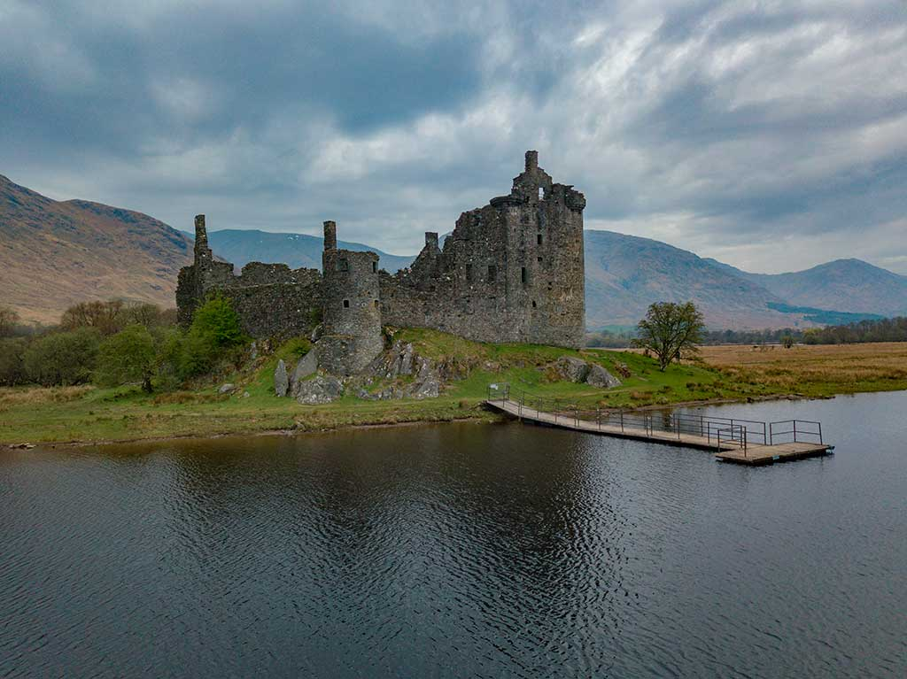 Scottish Castles KILCHURN-CASTLE