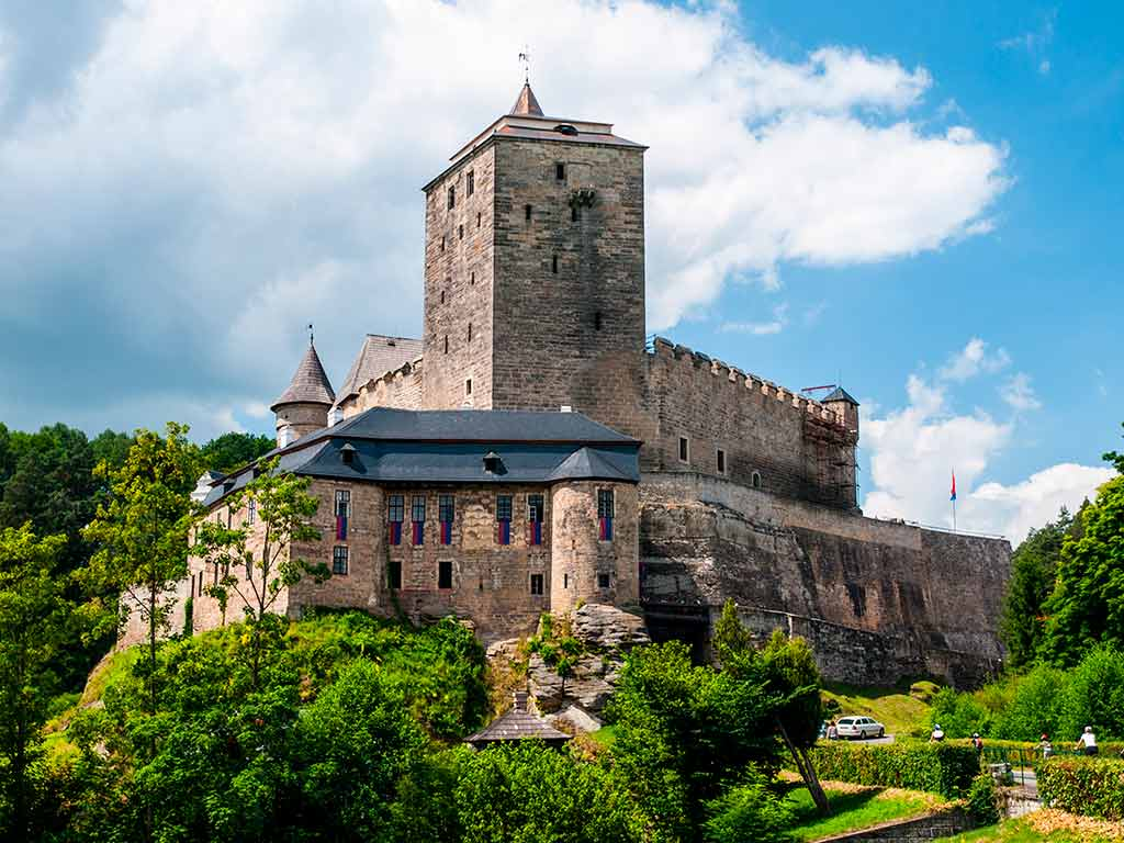Famous Castles in Czech Kost Castle