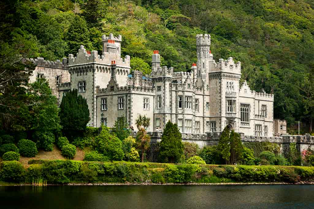 Best european castles kylemore in Ireland