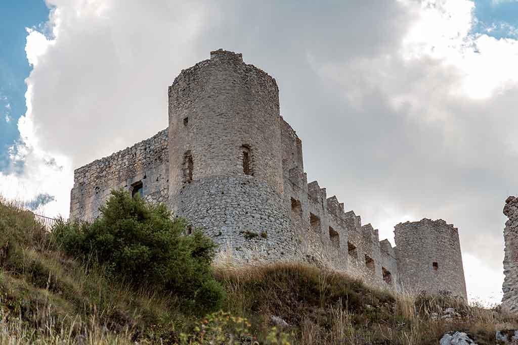 Best Italian Castles Rocca-Calascio