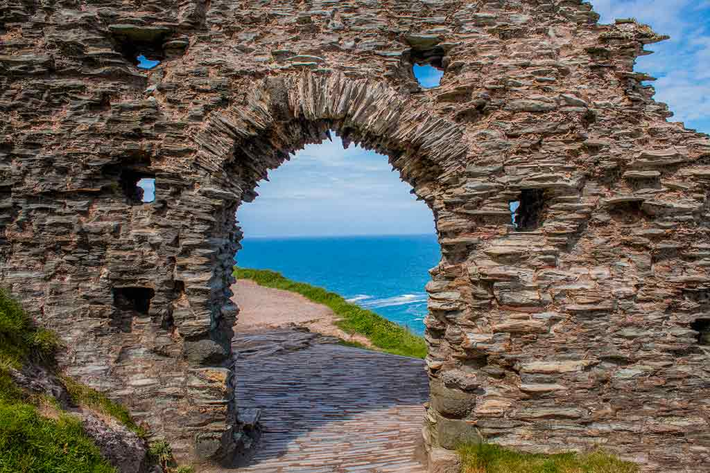 Best Castles in England Tintagel-Castle