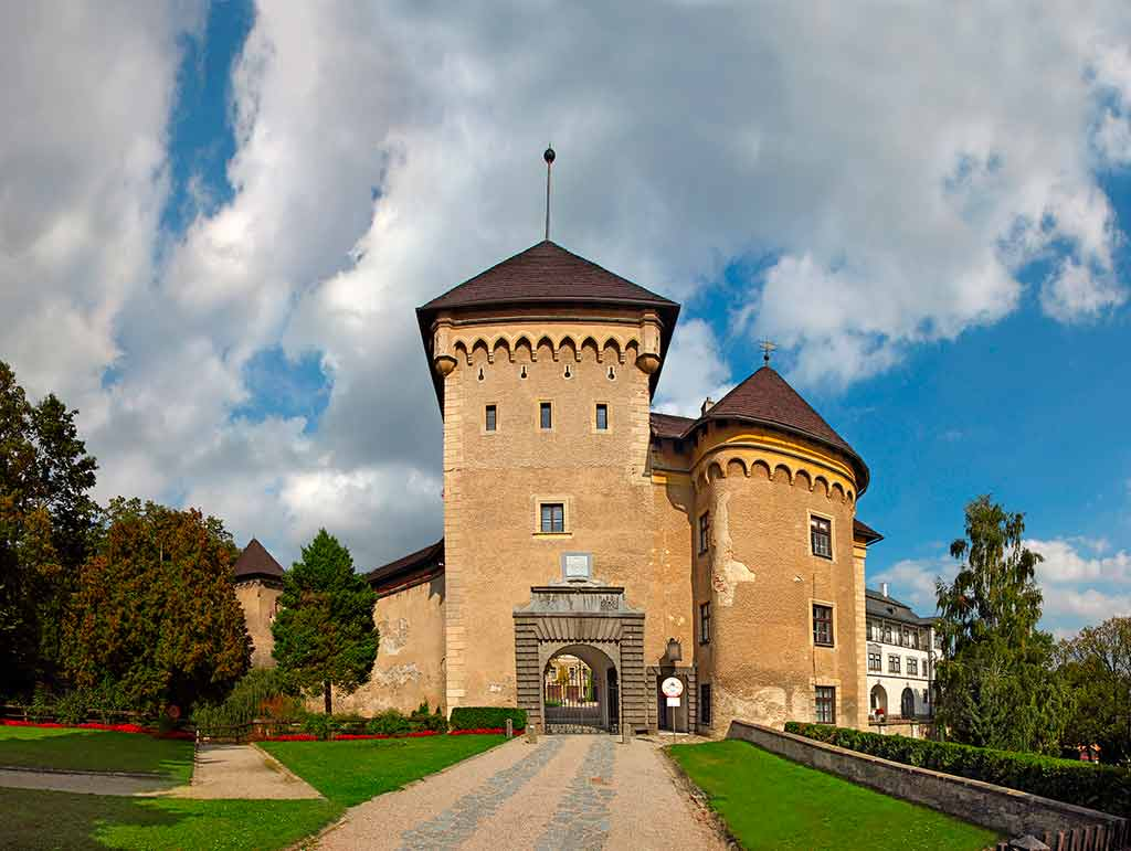 Best Castles in Czech Velke Mezirici Chateau